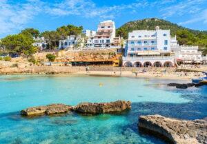 portinatx-ibiza-centrum-strand-bezienswaardigheden