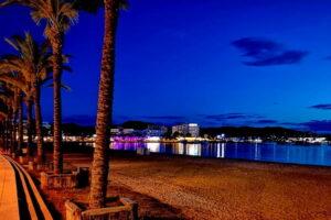 san-antonio-ibiza-vakantie-bezienswaardigheden-hotel
