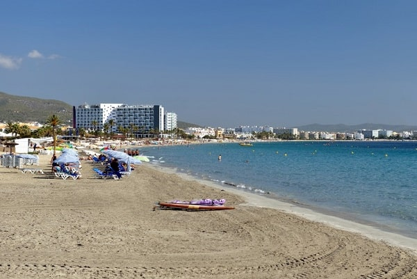 playa-d-en-bossa-ibiza-vakantie