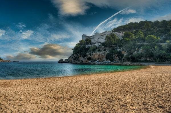 puerto-de-san-miguel-ibiza-leuke badplaats