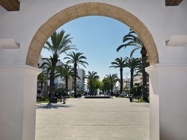 santa-eulalia-ibiza-centrum-strand-hotel