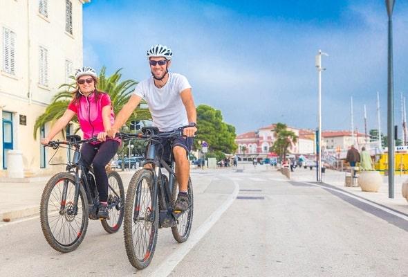 wat-doen-ibiza-activiteiten-fietsen-huren